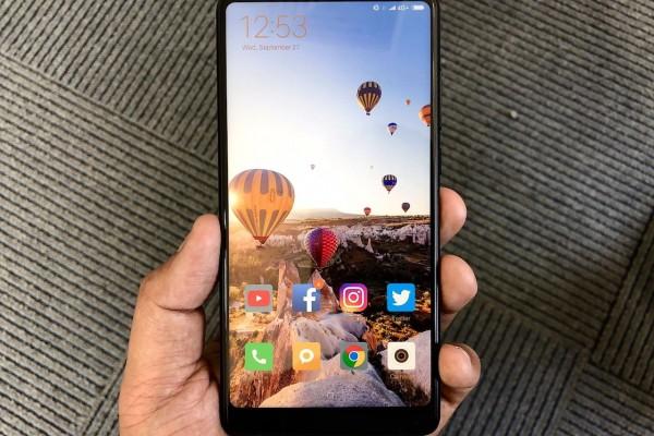Cara hilangkan goresan pada layar smartphone Android