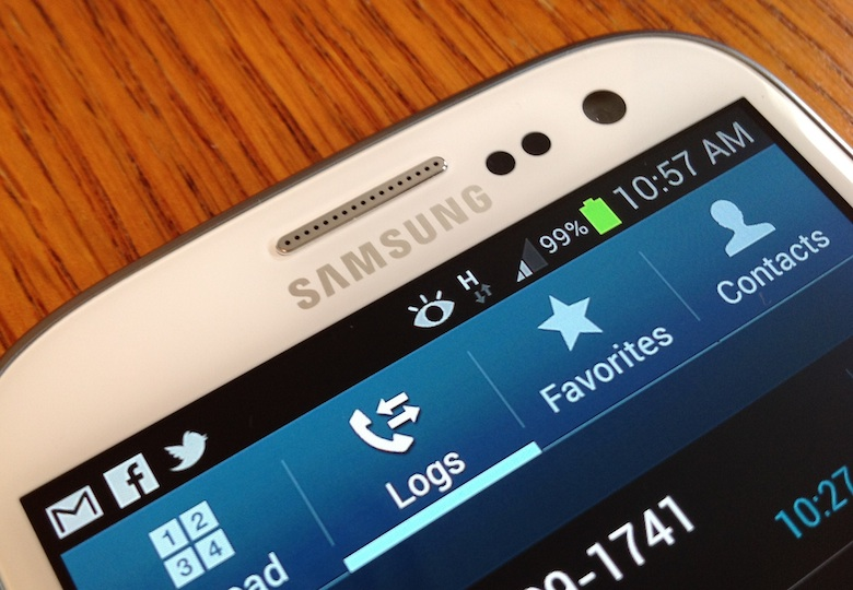 Kebanyakan smartphone sudah memakai fitur smart stay