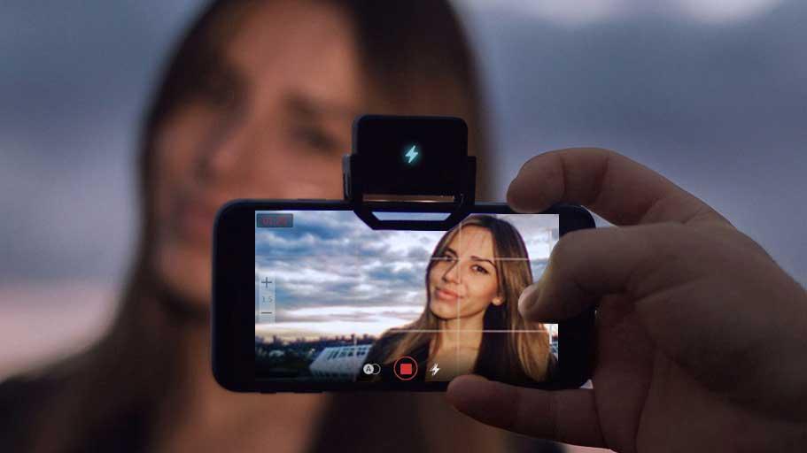 Cara Live Instagram menggunakan alat bantu cahaya jika pencahayaannya kurang memuaskan